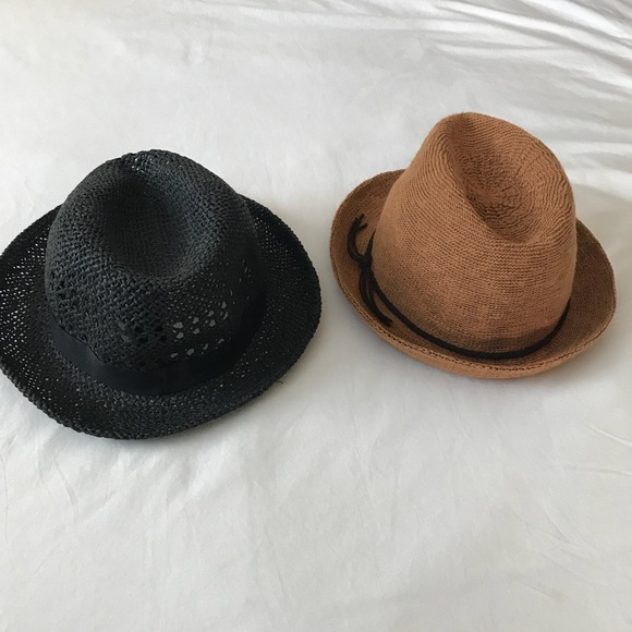 0b274aa28a665 Bundle of 2 women s fedora hats. M 5b8738ea477368027a0f6d48